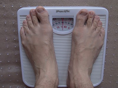 diet bare feet wrinkled skin from bath weighing scales mechanical on